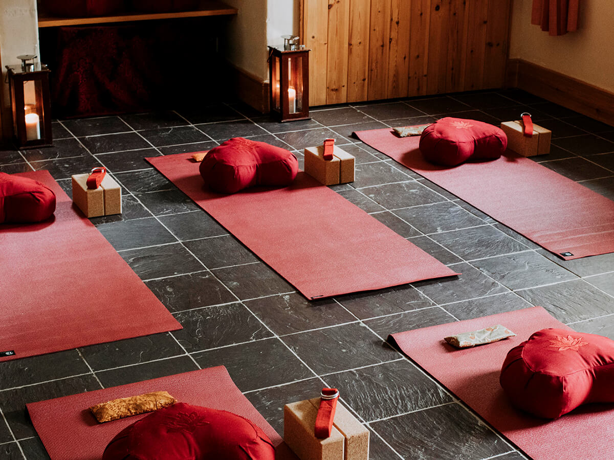 A relaxing, warm and inviting environment to practice